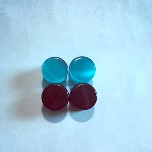 1/2 inch Onyx, blue cats eye double flare plugs
